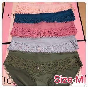 Victoria's Secret Dream Angels Panty a lot / M